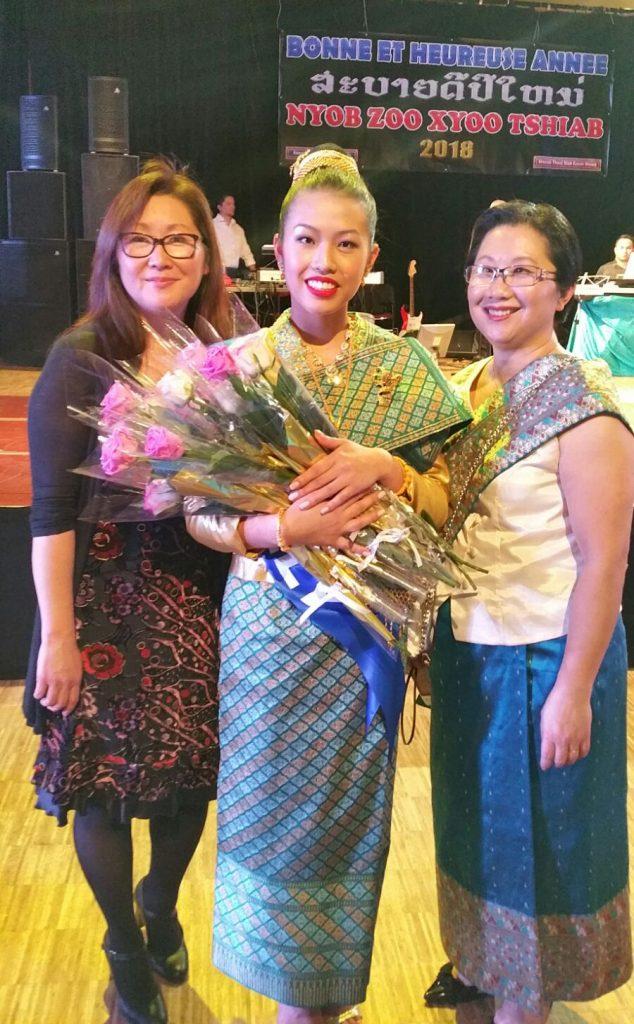 La robe laotienne de tata Mo